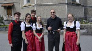 Markttag Bezau 2hlt mit Pfarrer Armin Fleisch