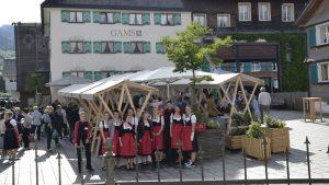 Markttag in Bezau am Dorfplatz