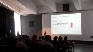 HIer ist Ines Strohmaier - die Gewinnerin beim Poetry Slam im Rahmen des udayIV an der FHV