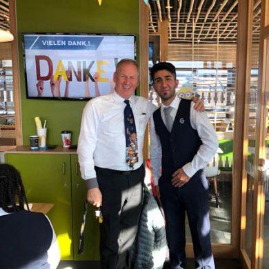 Herr Versluis führte die 1. GASCHT durch das McDonald's in Lustenau.