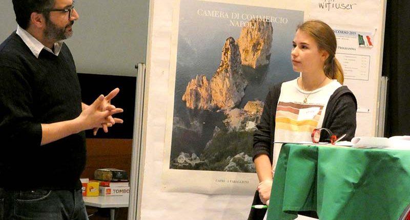 Giulia Hagspiel beim Fremdsprachenwettbewerb Italienisch 2019