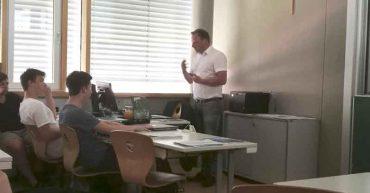 Vortrag mit Bernhard Rauter von der Firma Haberkorn an der HAK Bezau