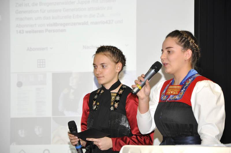 Eva Richter und Hannah Feuerstein