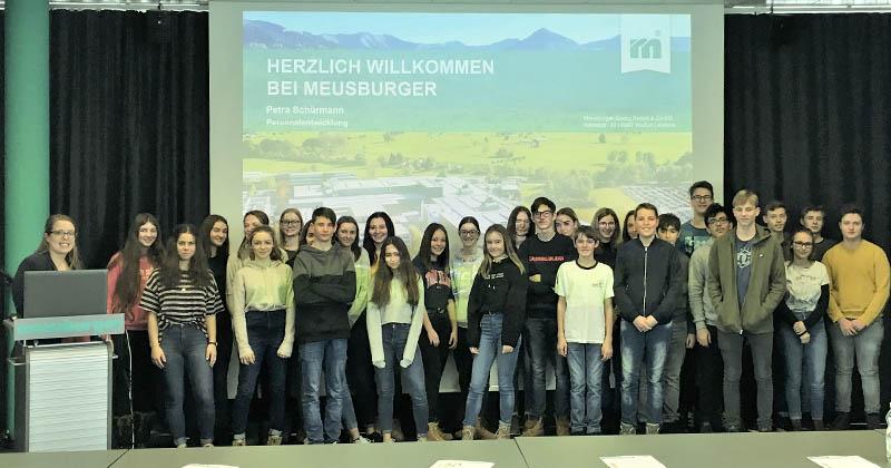 Exkursion der HAK Bezau zur Firma Meusburger GmbH &Co KG in Wolfurt