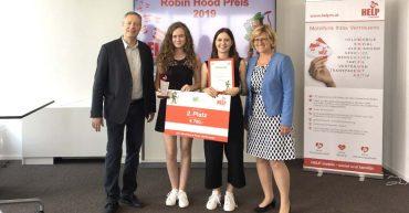 Robin Hood Preis 2019 in Wien - Sarah und Rebecca von der HAK Bezau erreichen den 2. Platz.
