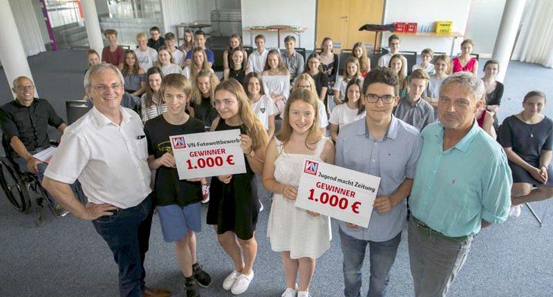 Die II. HAK Bezau gewinnt beim VN-Fotowettbewerb 1000 Euro für die Klassenkassa.