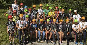 Die 1. Klasse Werkraumschule im Waldseilgarten Damüls