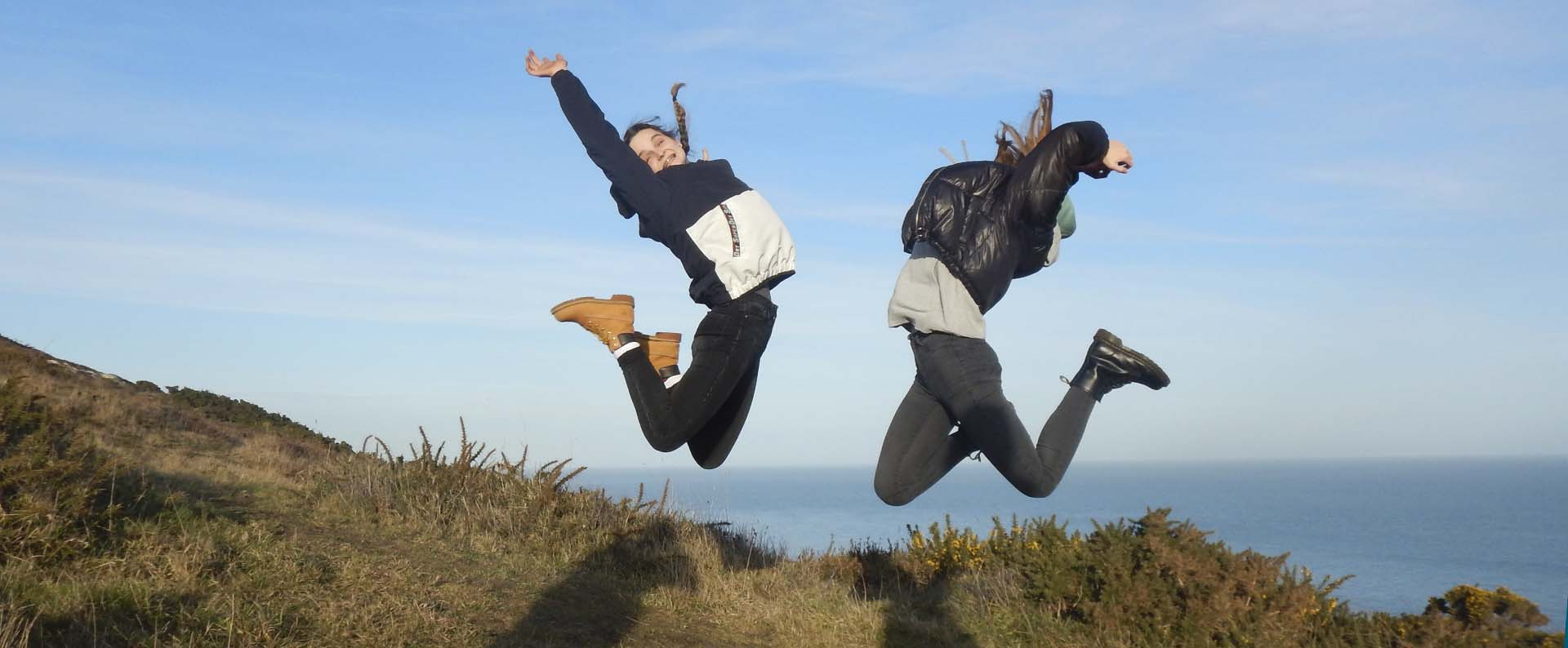 Jana Voppichler und Sarah Bildstein von der HAK Bezau in Howth