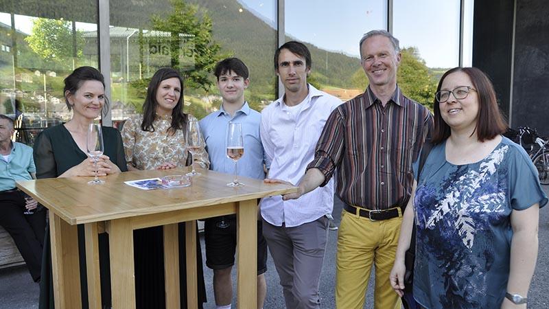 Eltern und Lehrer der Werkraumschule Bregenzerwald