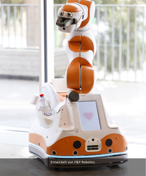Lio, der Pflegeroboter wird in der Altenpflege eingesetzt.
