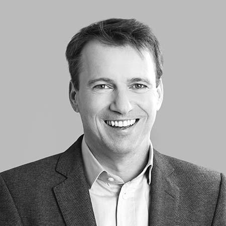 Richard Bauer, Buchautor, Hochschuldozent in Wien, Graz und Linz, selbständiger Unternehmer sowie Unternehmens- und Organisationsberater
