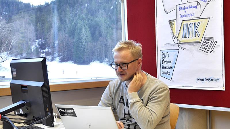 Florian Moser ist Bildungsberater an den Bezauer WirtschaftsSchulen.