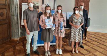 Gewinnerinnen des Best Practice Award 2021 von der Hypo Vorarlberg - Sarah Kleber und Sandra Bereuter