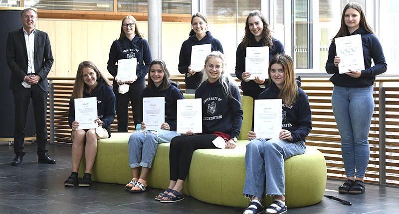 Preisträgerinnen des Innovationswettbewerbs der Uni Liechtenstein