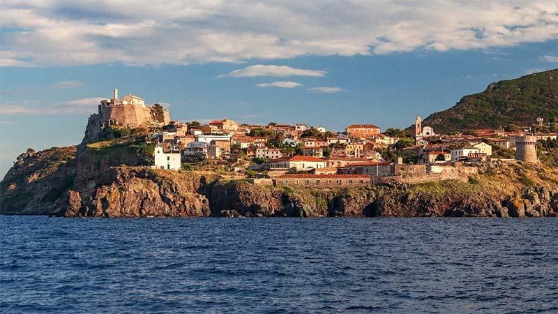 Isola di Capraia - beliebtes Reiseziel der Bezauer Wirtschaftsschulen