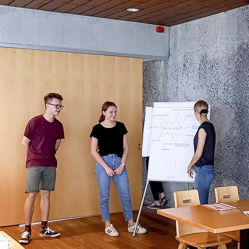 Präsentation der Workshop-Ergebnisse in FiRi auf dem Sonderdach